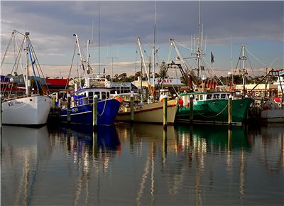 Picture Of Fishing Boats For Commercial Fishing